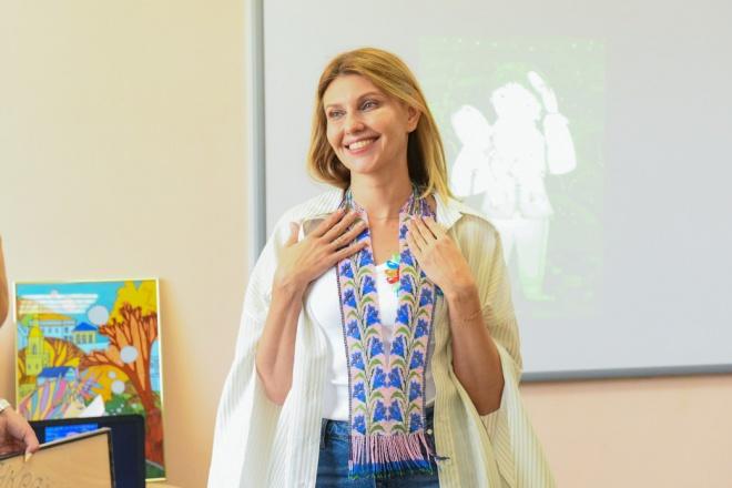Олена Зеленська одужала від COVID-19 - фото