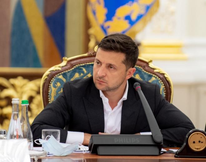 Зеленський публічно відреагував на підлі вбивства на Донбасі. Через день - фото