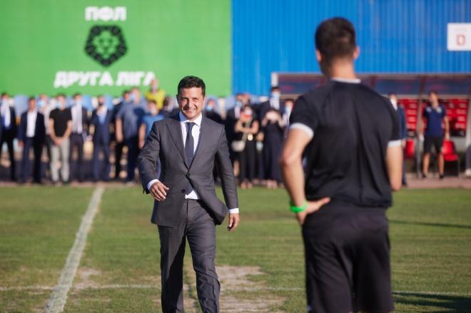 В ОПУ «відмазали» Зеленського за запізнення на футбольний матч - фото