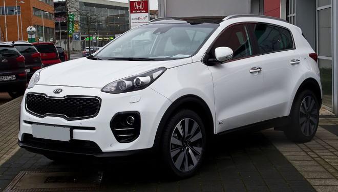 Сытник задекларировал новенькую машину за800 тыс грн