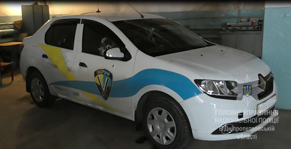 расстрел автомобиля охранной фирмы в Днепре на фото 2