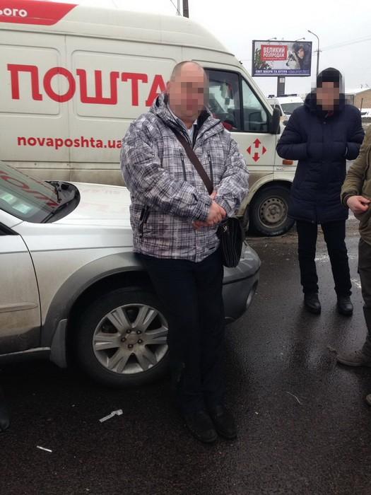 задержание на взятке начальника контрразведки СБУ в Луцке на фото 5