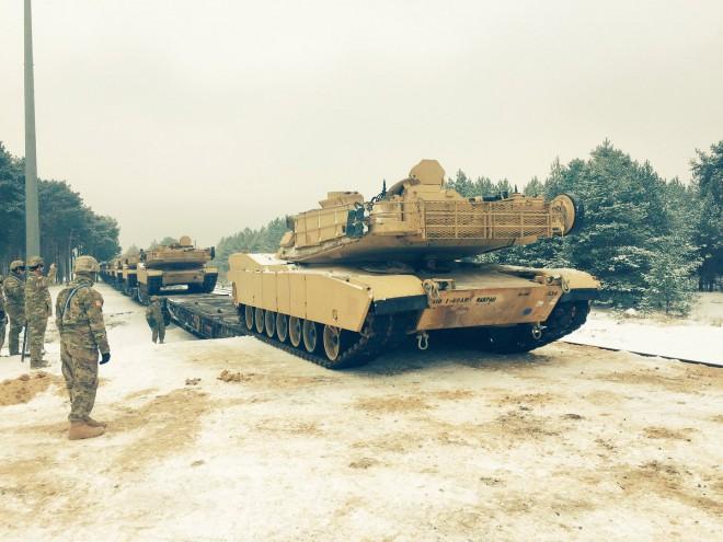 ВПольшу прибыли первые американские танки