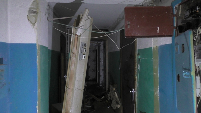 вибух і пожежа в будинку по вул. Лушпи в Сумах на фото 2
