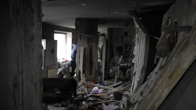 вибух і пожежа в будинку по вул. Лушпи в Сумах на фото 3