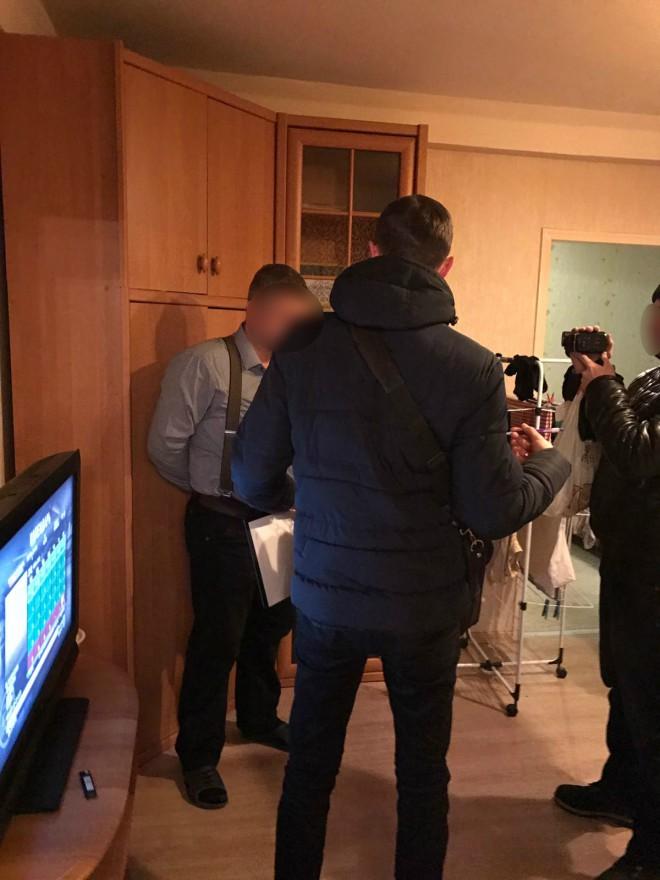 задержание прокурора в Запорожье за сбыт наркотиков на фото на фото 1