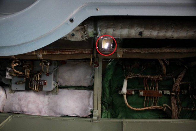 обстріл українського літака із захопленої росіянами бурової платформи на фото 3