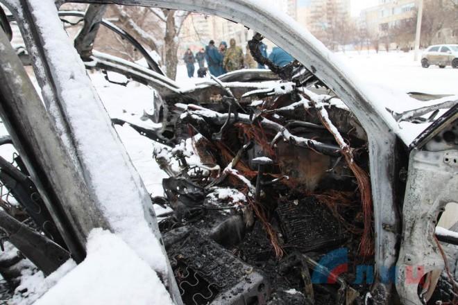 подорван автомобиль с Олегом Анащенко на фото 2
