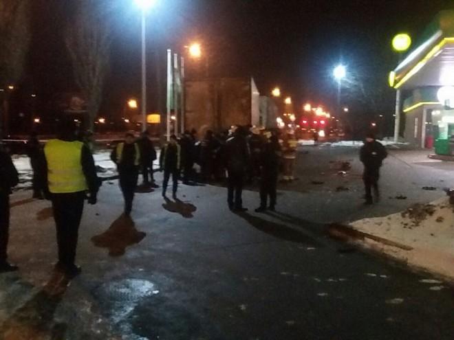 аварія на АЗС на проспекті Ватутіна на фото 2