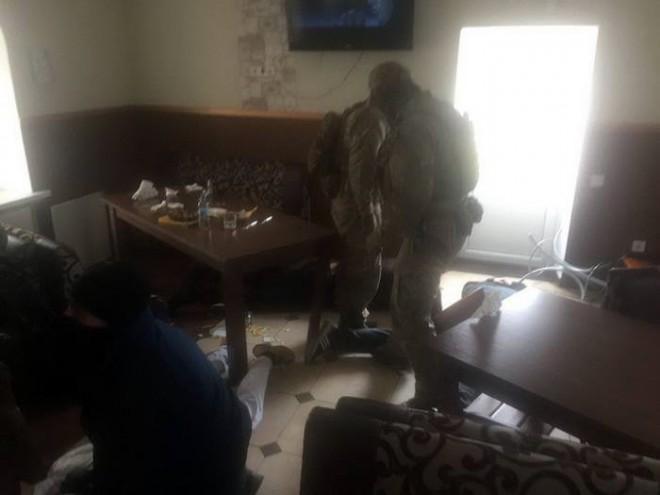 затримання рекетирів у Славуті на фото