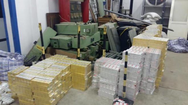 контрабанда, яку пропустили українські митники на фото 3