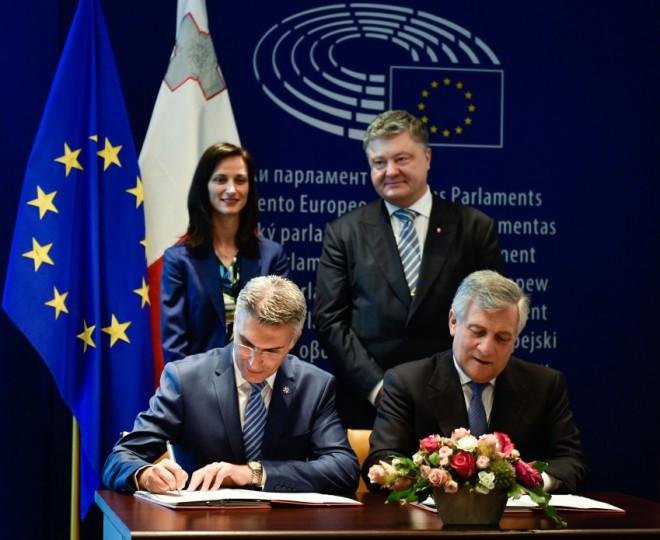 Сьогодні Україна фактично може отримати безвіз з ЄС