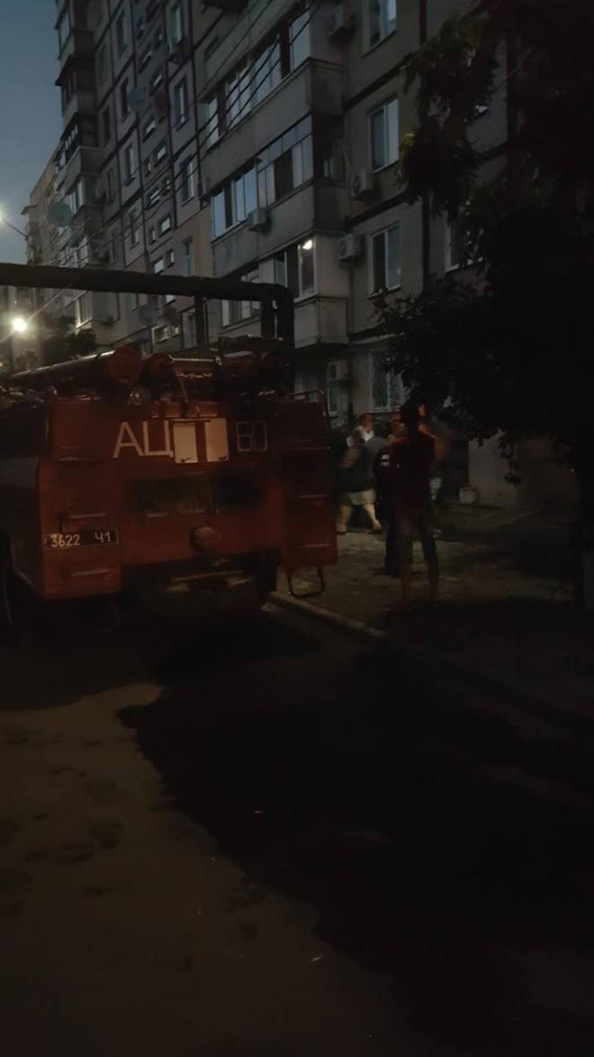 вибух гранати у багатоповерхівці у Дніпрі на фото 1