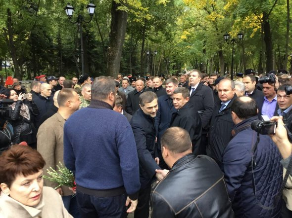 відкриття пам′ятника терористам у Ростові, на фото 3