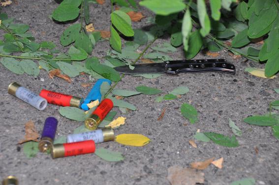 ВНиколаеве нетрезвый хулиган ранил патрульного ибросил гранату вавто