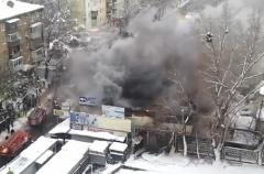 В Киеве горел радиорынок на «Караваевых дачах» - фото