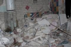 В Стаханове произошел взрыв в жилом доме - пострадало 5 человек - фото