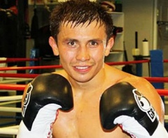 Геннадий Головкин защитил титул чемпиона WBA - фото