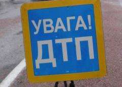 На Полтавщине в результате столкновения автомобиля с автобусом погибли 3 человека - фото