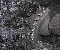 На шахте в Донецке погибли 2 горняка - фото