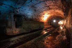 Поиски пострадавших на шахте «Комсомолец Донбасса» продолжаются - фото