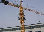 В Оболонском районе столицы в результате падения строительного крана погибло 2 человека