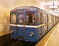 Киевский метрополитен снизит скорость поездов через экономические затруднения - фото
