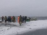 На Полтавщине от берега оторвалась льдина с 41 рыбаком