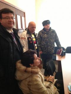 Пять депутатов заблокировали в Менский колонии - фото