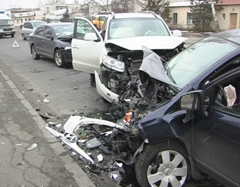 Авария на столичной ул Электриков - есть пострадавшие - фото