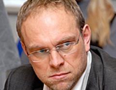 Суд перенес рассмотрение дела по Власенко на среду - фото