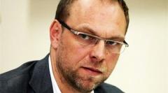 Власенко лишился депутатских полномочий - фото
