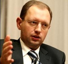 Яценюк: администрация президента пытается отменить выборы в Киеве - фото