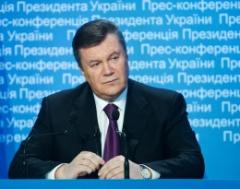 Януковичу жалко заключенного Луценко - фото