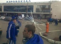 Киевских динамовцев забросали камнями в Одессе - фото