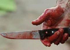 Мужчина порезал ножом шестерых человек - фото