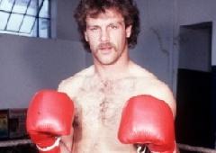 Умер первый кандидат в чемпионы по версии WBC - фото
