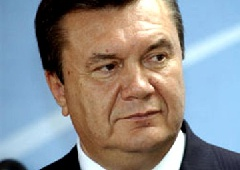 Янукович обвиняет в торможении реформ «отдельных чиновников» - фото