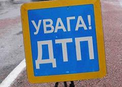 В Харьковской области столкнулись два микроавтобуса и внедорожник - 1 человек погиб и 12 травмированы - фото