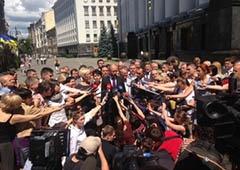 Яценюк пошел к президенту с обращением от оппозиции - фото