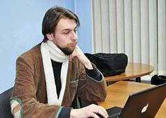 Активиста «Черного комитета» не пускают в Украину - фото