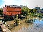 На Одещине все еще откачивают воду из подтопленных хозяйств