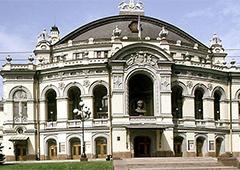 В Национальной опере не понимают, как Абдуллина может работать в ненавистном для нее украиноязычном окружении - фото