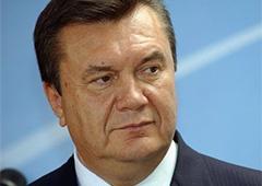 Янукович предложил помощь в уничтожении химического оружия в Сирии - фото