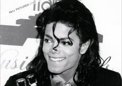 Майкл Джексон опять заработал больше других умерших знаменитостей - фото