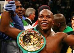Флойд Мейвезер стал «Боксером года» по версии WBC - фото