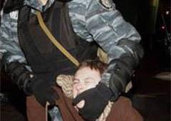 Пшонка: «Беркут» на применение силы спровоцировали митингующие - фото
