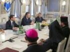 Или «по-хорошему», или «по-закону» собирается остановить противостояние на Грушевского Янукович
