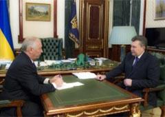 Янукович обещает внеочередную сессию ВР - фото
