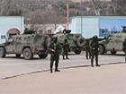 Несмотря на давление со стороны российских военнослужащих, украинские пограничники им не подчиняются